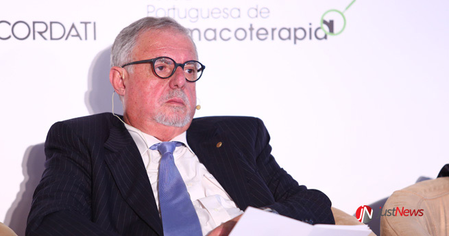 José Aranda da Silva, diretor da Revista Portuguesa de Farmacoterapia