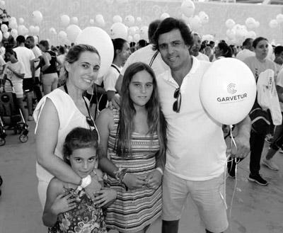O presidente da Junta de Freguesia de Quarteira, Teimo Pinto e família marcaram presença